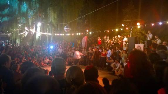 Dance performance at la guinguette.